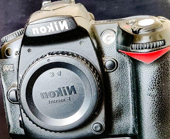 Nikon D90 sprawny z obiektywem