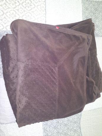 Duża narzuta na łóżko 220x220 Home you czekoladowa