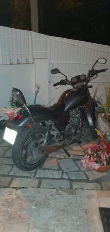 Moto 125 zontes thiano A
