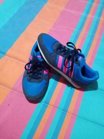 Vendo ténis Adidas