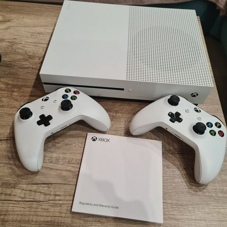 Xbox One S 1TB ładowarka do padów gry
