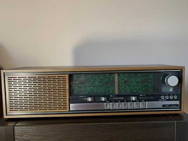 Radio Loewe L144