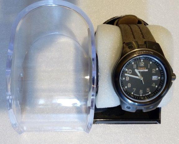 Часы - Timex T49631 Expedition - новые оригинал