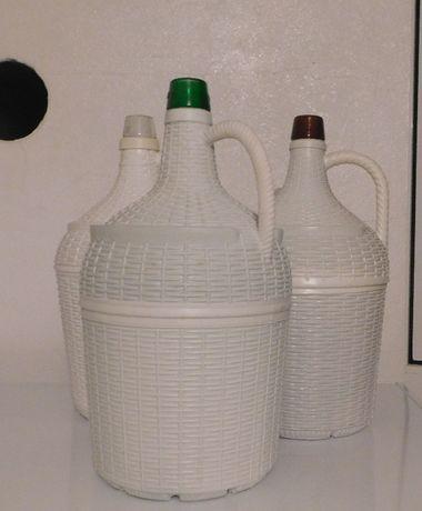Garrafão/Garrafões em vidro revestidos de plástico, de 5 litros