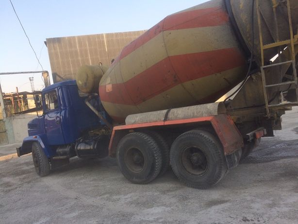 Миксер КрАЗ 7 м.куб.