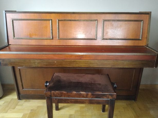 Klasyczne pianino Legnica