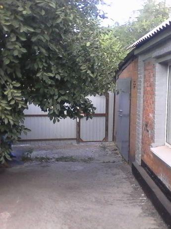 Продам дом ул.Кривбассовская 3 комн. с/у в доме, капитальный гараж
