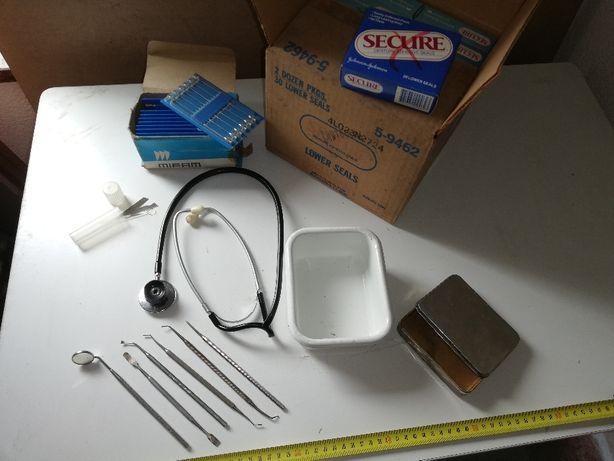 przyrządy narzędzia lekarskie szpitalne stare zabytkowe