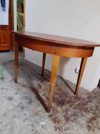 Продам стол овальный раскладной ссср