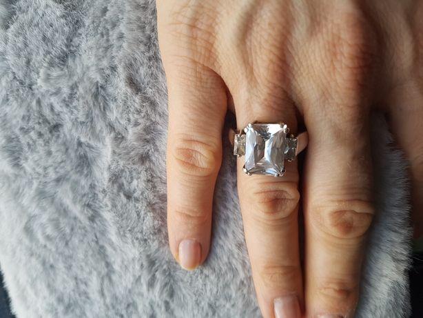 Pierścionek cyrkonia srebro 925