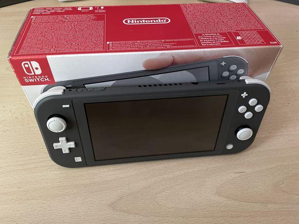 Nintendo Switch Lite na Gwarancji