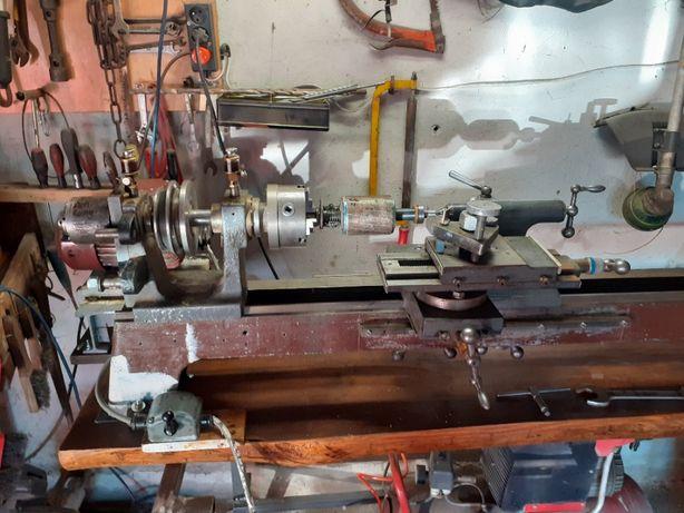 Tokarka do metalu i drewna z akcesoriami dodatkowymi w dobrym