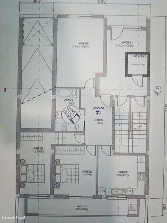 Apartamento T2 Venda em Oliveira de Azeméis, Santiago de Riba-Ul, Ul,