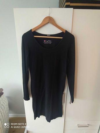Czarna basicowa sukienka