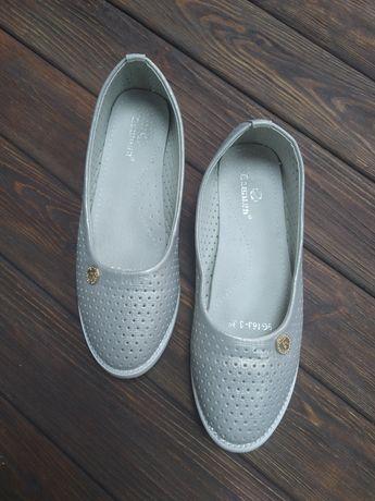Взуття- туфельки 35 розміру