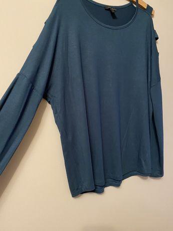 Bluzka z ozdobnymi rękawami