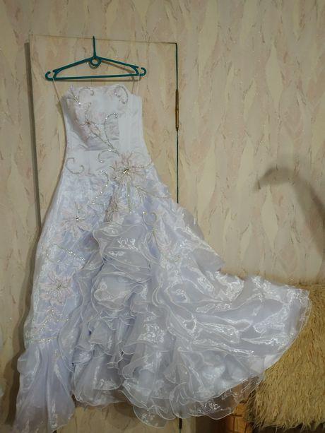 Свадебное платье. Невенчанное. 44-46 р.