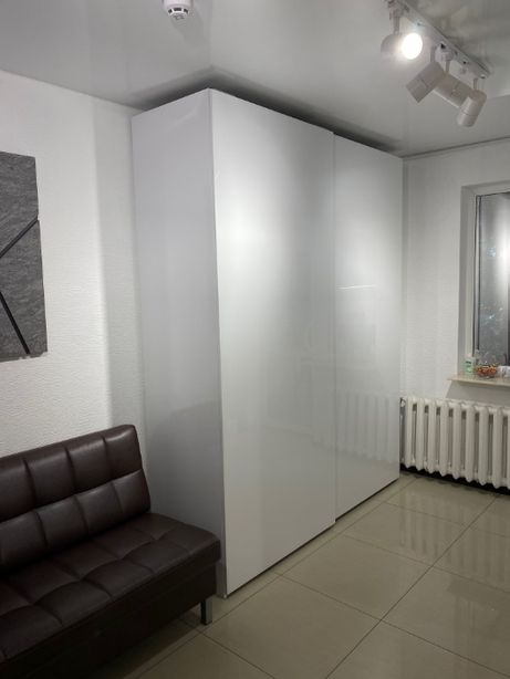 Новый ТОПОВЫЙ ШКАФ в Спальню Белого цвета! ПРОДАМ СРОЧНО!!!