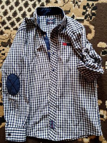 Продам рубашку для мальчика