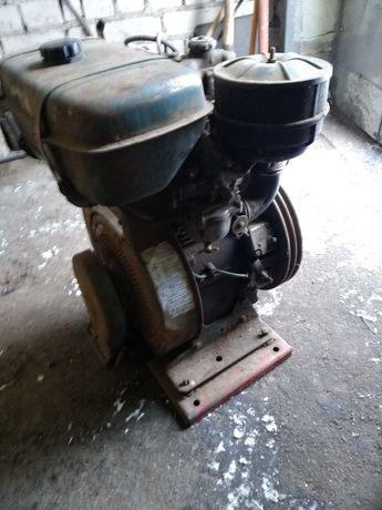 Двигатель 4-х тактный