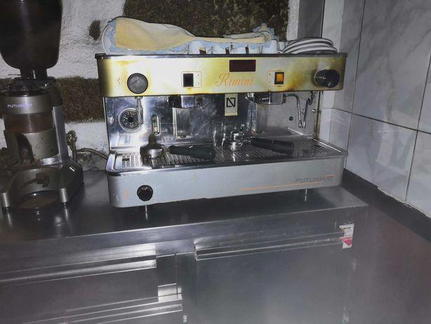 Maquina de café comercial