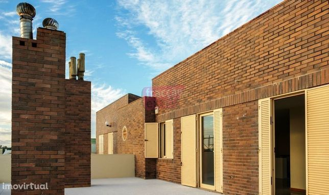 T3 Duplex Terraço e Box em Miramar