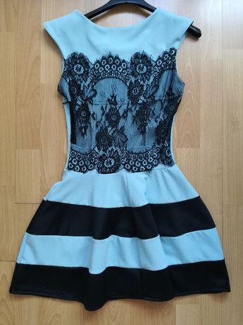 Sukienka niebieska koronka