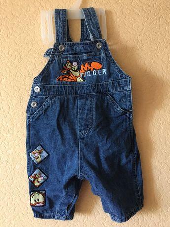 Продам набор вещей джинсовый комбинезон
