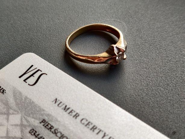 Pierścionek zaręczynowy YES Amore złoto585