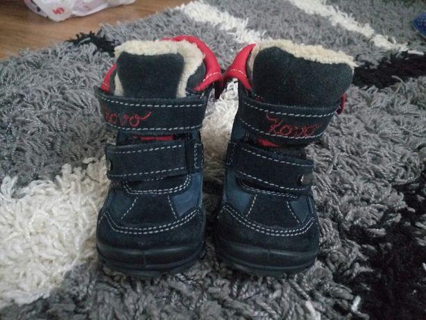 Зимние ботинки на овчине