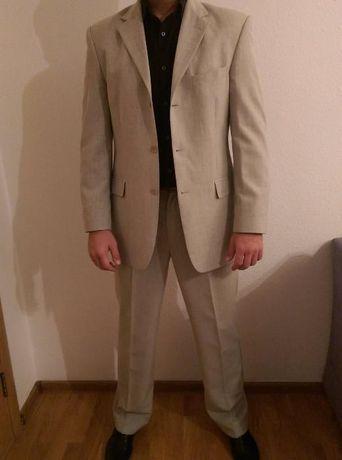 Мужской костюм классический Robert Vins