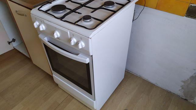 Piec kuchnia kuchenka gazowy gazowa