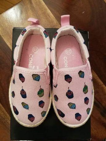 Buty espadryle rozmiar 25. Dł wkładki 14,8 cm