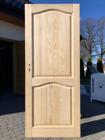 Drzwi drewniane sosnowe bezsęczne wewnętrzne