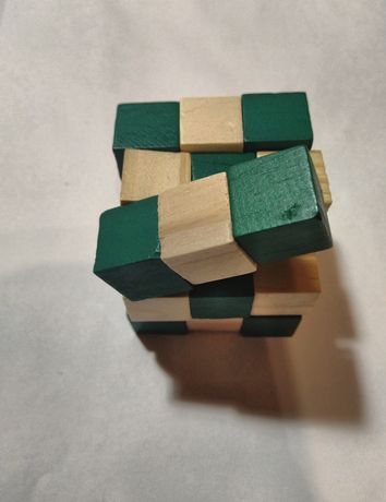 Головоломка змейка - квадрат