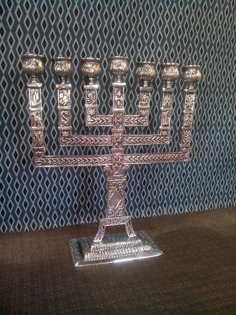 castiçal Menorá de sete velas em metal