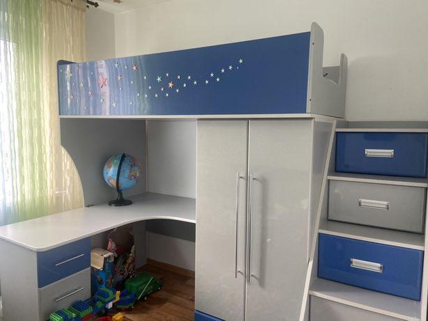 Продам меблі в дитячу кімнату