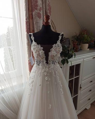 Suknia ślubna firma ADALINE model Butterfly rozmiar 38