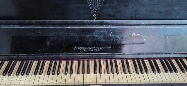 Отдам в хорошие руки пианино в г. Луганске