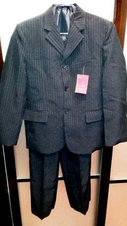 Школьный костюм тройка для мальчика новый