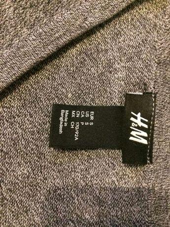 Komplet męskich swetrów w serek. Rozmiar S. H&M/Bershka.