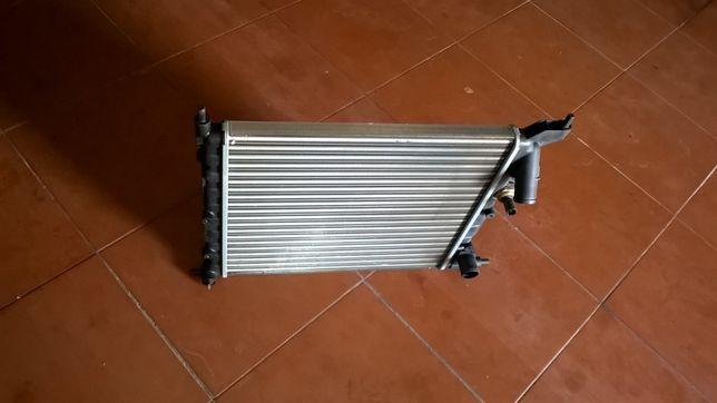 radiador novo de refregiração para renault clio
