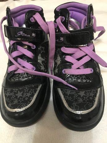 Взуття для дівчинки 35 розмір