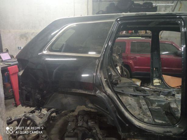 Четверть Jeep Grand Cherokee 2015