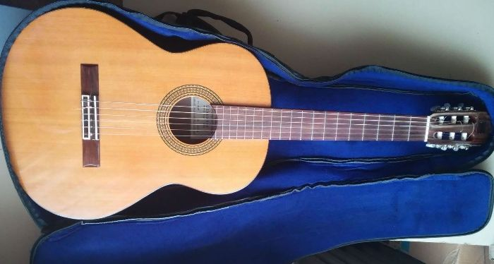 Gitara Alhambra 4C hiszpańska koncertowa klasyczna akustyczna i etui