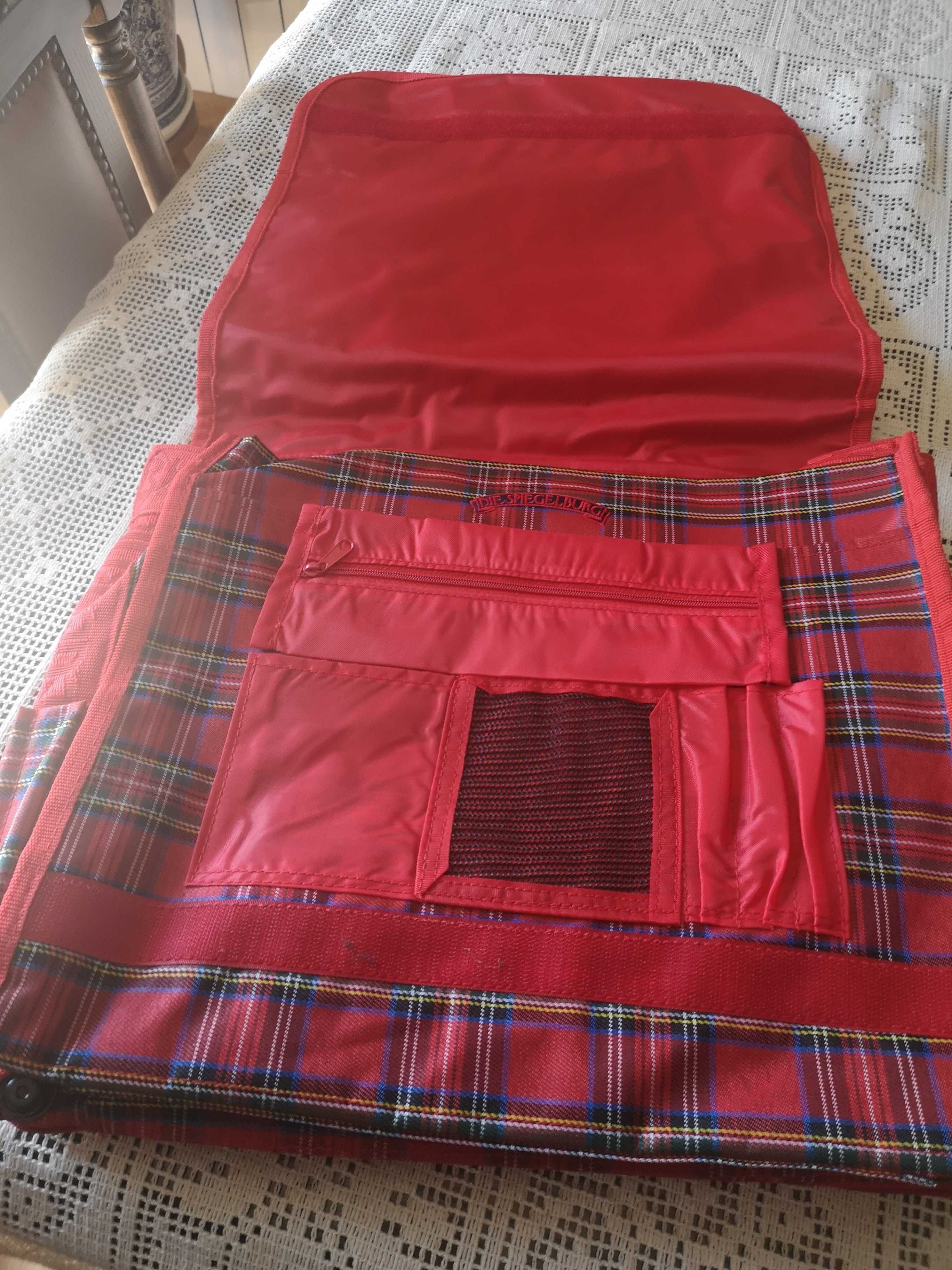 mochila escolar nova