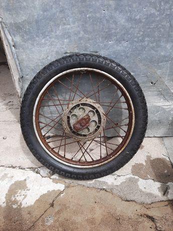 Roda de motorizada.