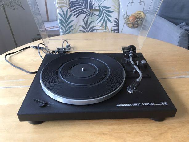 Gramofon Pioneer PL-512X