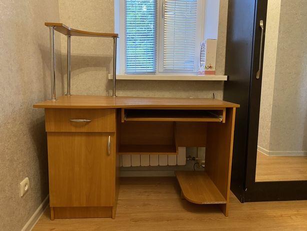 Письменный ( компьютерный ) стол