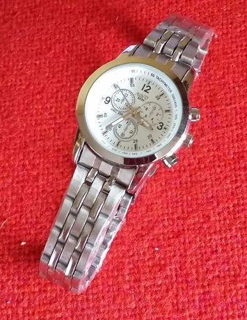 Водонепроницаемые кварцевые часы